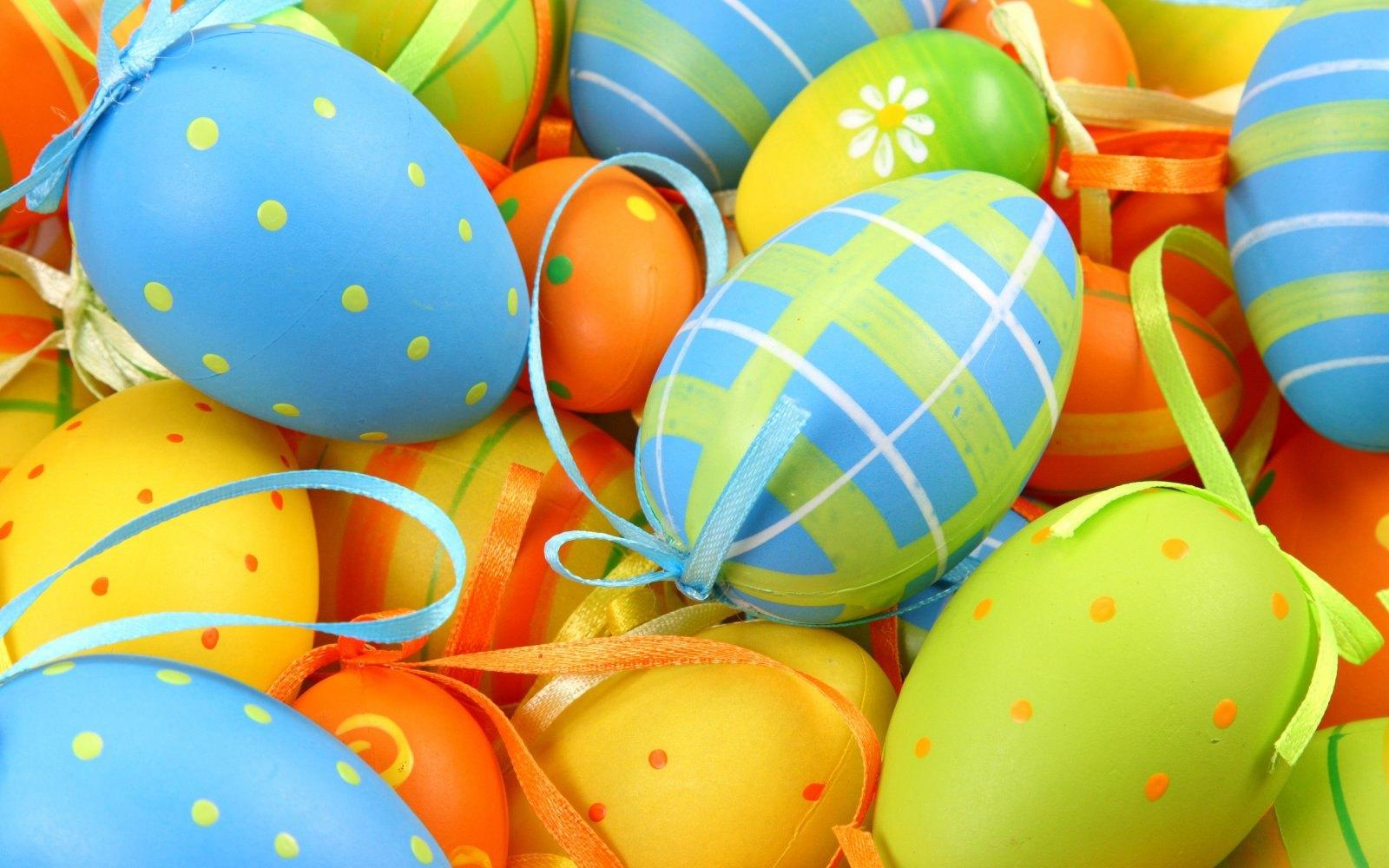 ovos-pascoa-coloridos (1)