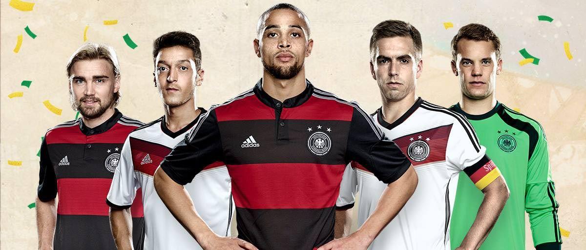 Uniformes da Seleção Alemã. Na disputa com o Brasil, o time entrará com a camisa listrada rubro-negra.