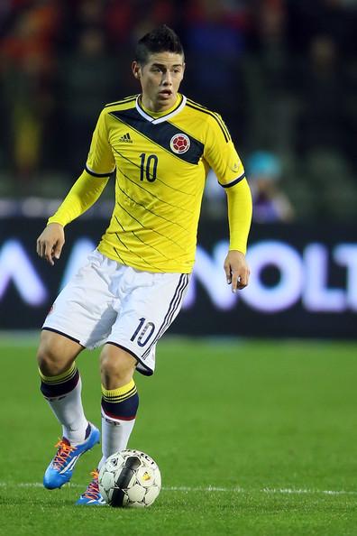 """James Rodriguez """"Hames"""", vestindo o uniforme da Colômbia"""